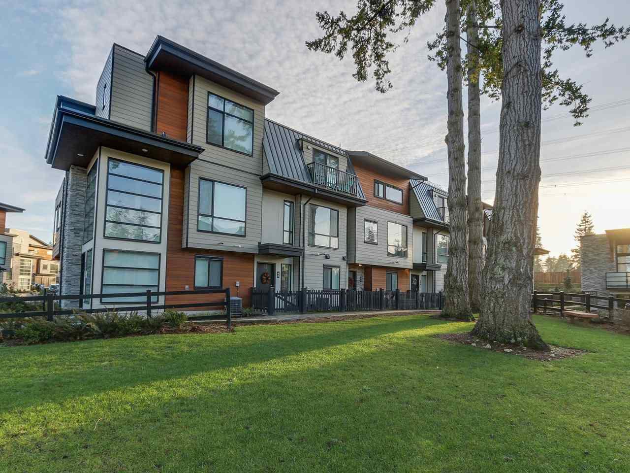 "Main Photo: 59 15688 28 Avenue in Surrey: Grandview Surrey Townhouse for sale in ""Sakura"" (South Surrey White Rock)  : MLS®# R2227640"