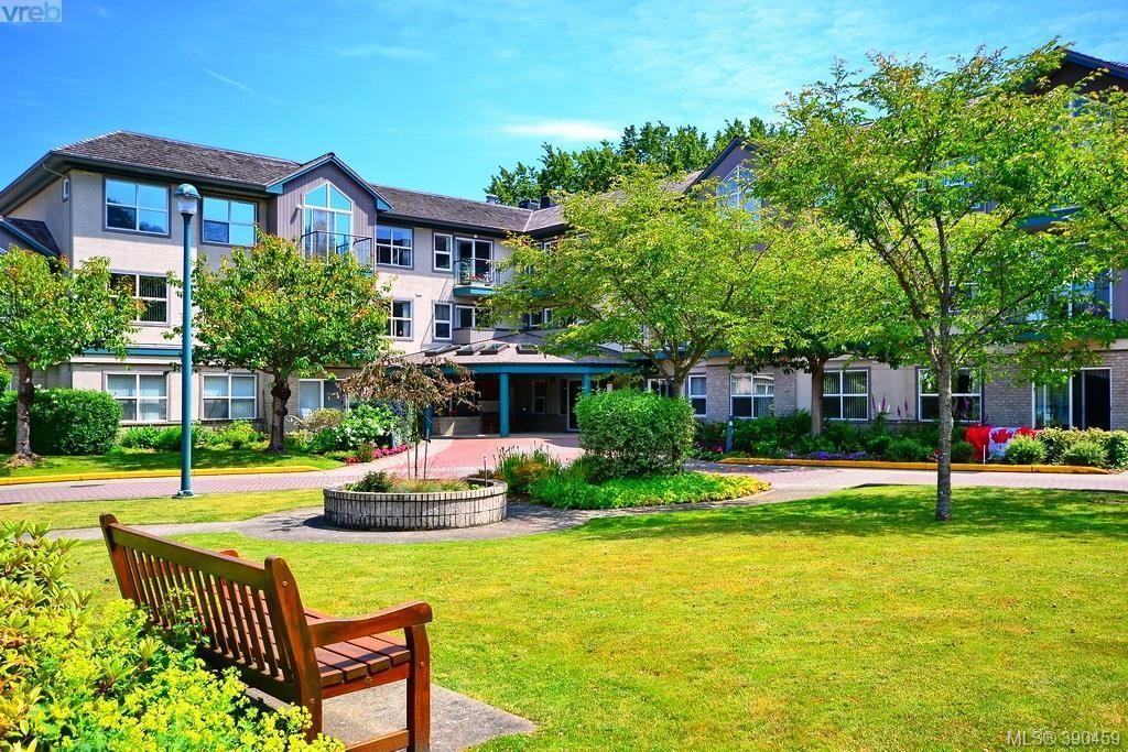 Main Photo: 307 1485 Garnet Road in VICTORIA: SE Cedar Hill Condo Apartment for sale (Saanich East)  : MLS®# 390459