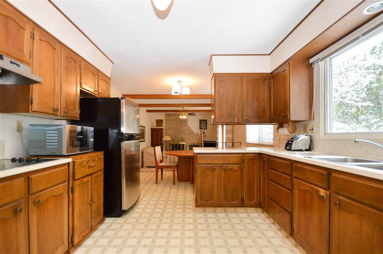 Main Photo: 9 MANOR Drive: Sherwood Park House for sale : MLS®# E4129284