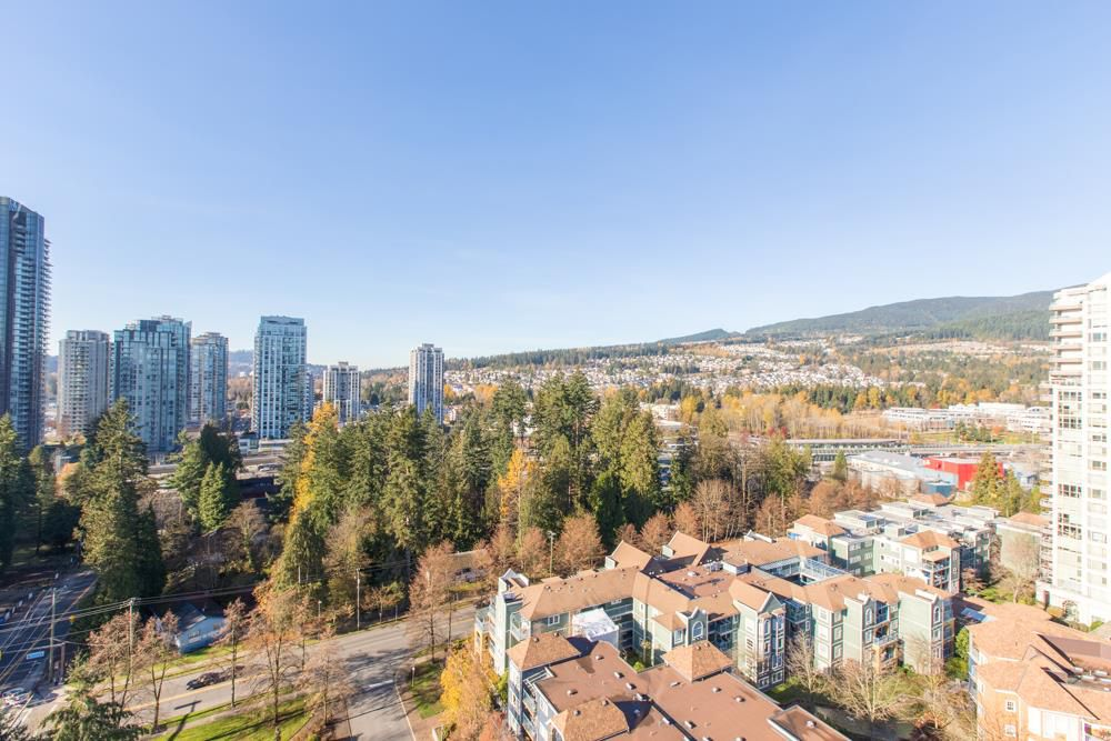 Main Photo: 1801 3071 GLEN Drive in Coquitlam: North Coquitlam Condo for sale : MLS®# R2323729