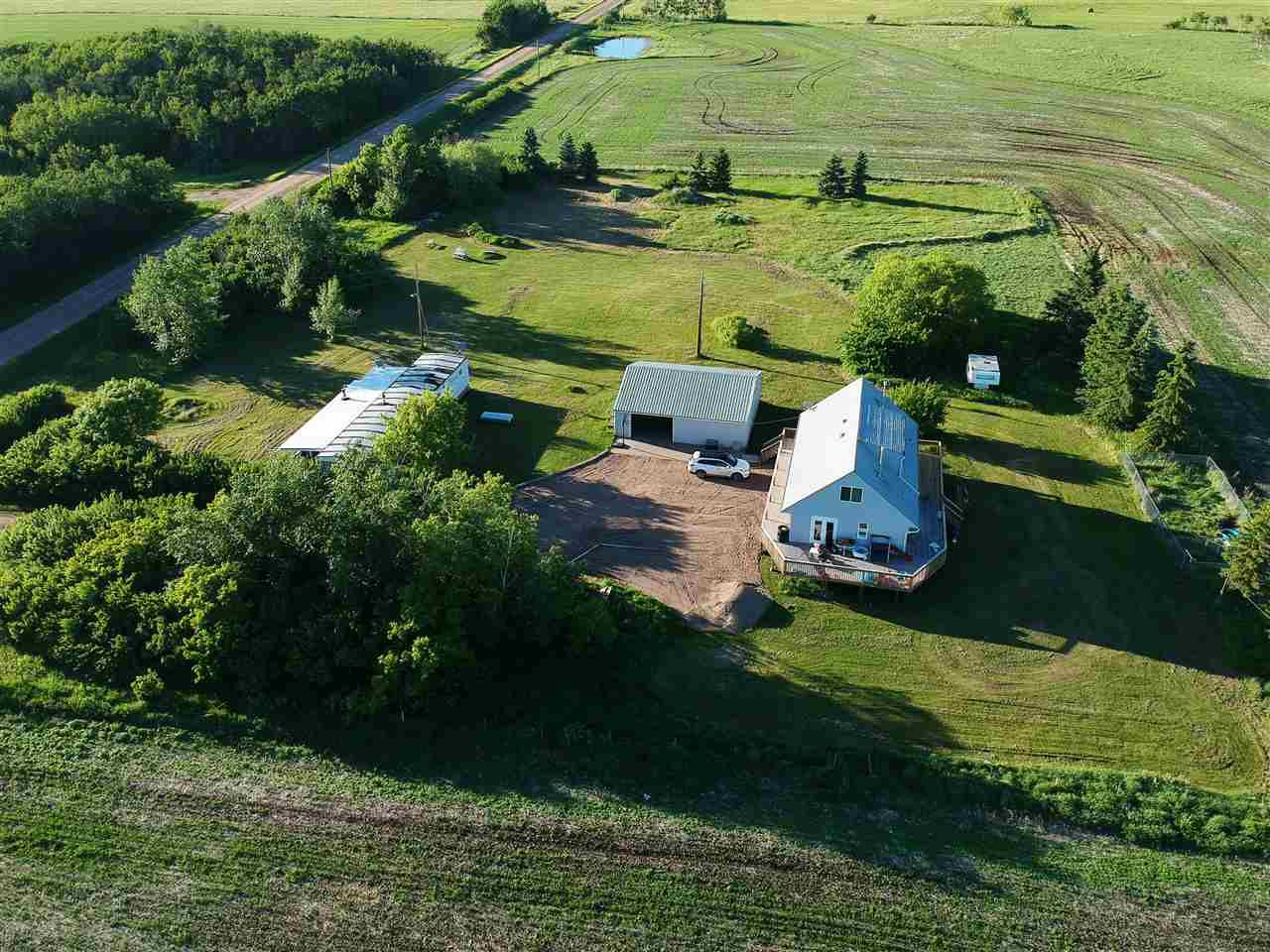 Main Photo: 545025 191 Road: Rural Lamont County House for sale : MLS®# E4151416