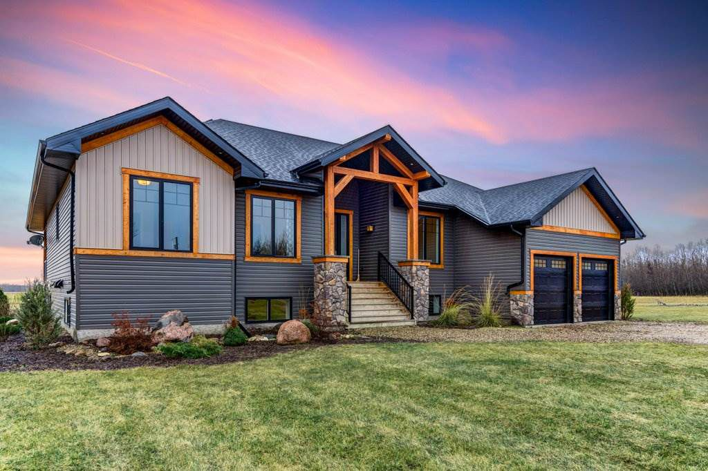 Main Photo: 59416 RR 231 Road: Rural Thorhild County House for sale : MLS®# E4152382