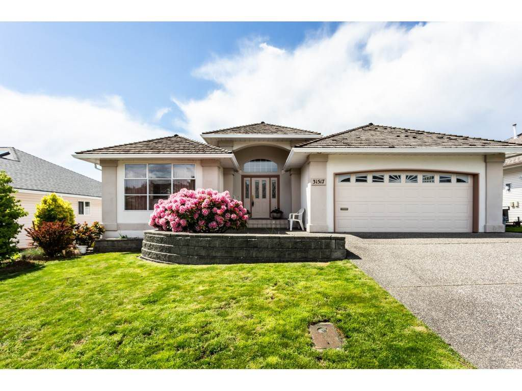 "Main Photo: 31517 SOUTHERN Drive in Abbotsford: Abbotsford West House for sale in ""Ellwood Estates"" : MLS®# R2363362"