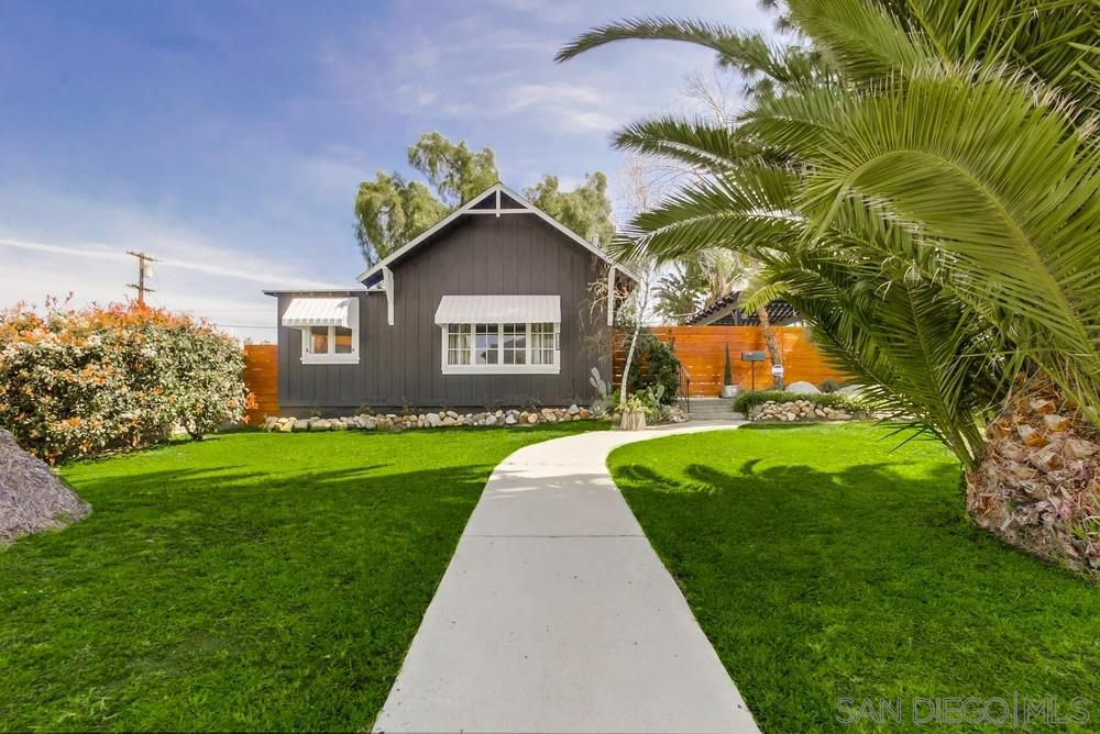 Main Photo: LA MESA House for sale : 2 bedrooms : 4669 Palm