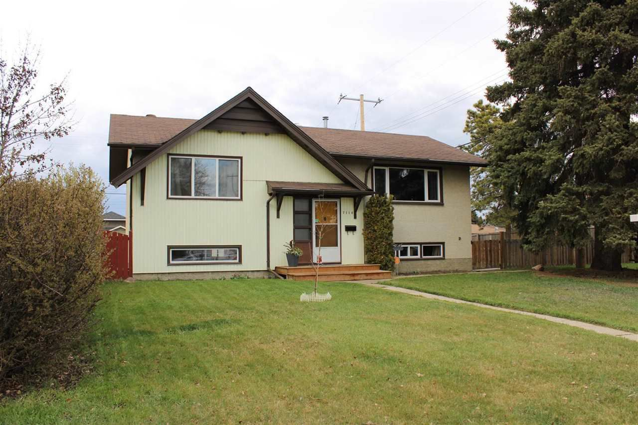 Main Photo: 7116 92A Avenue in Edmonton: Zone 18 House for sale : MLS®# E4156313