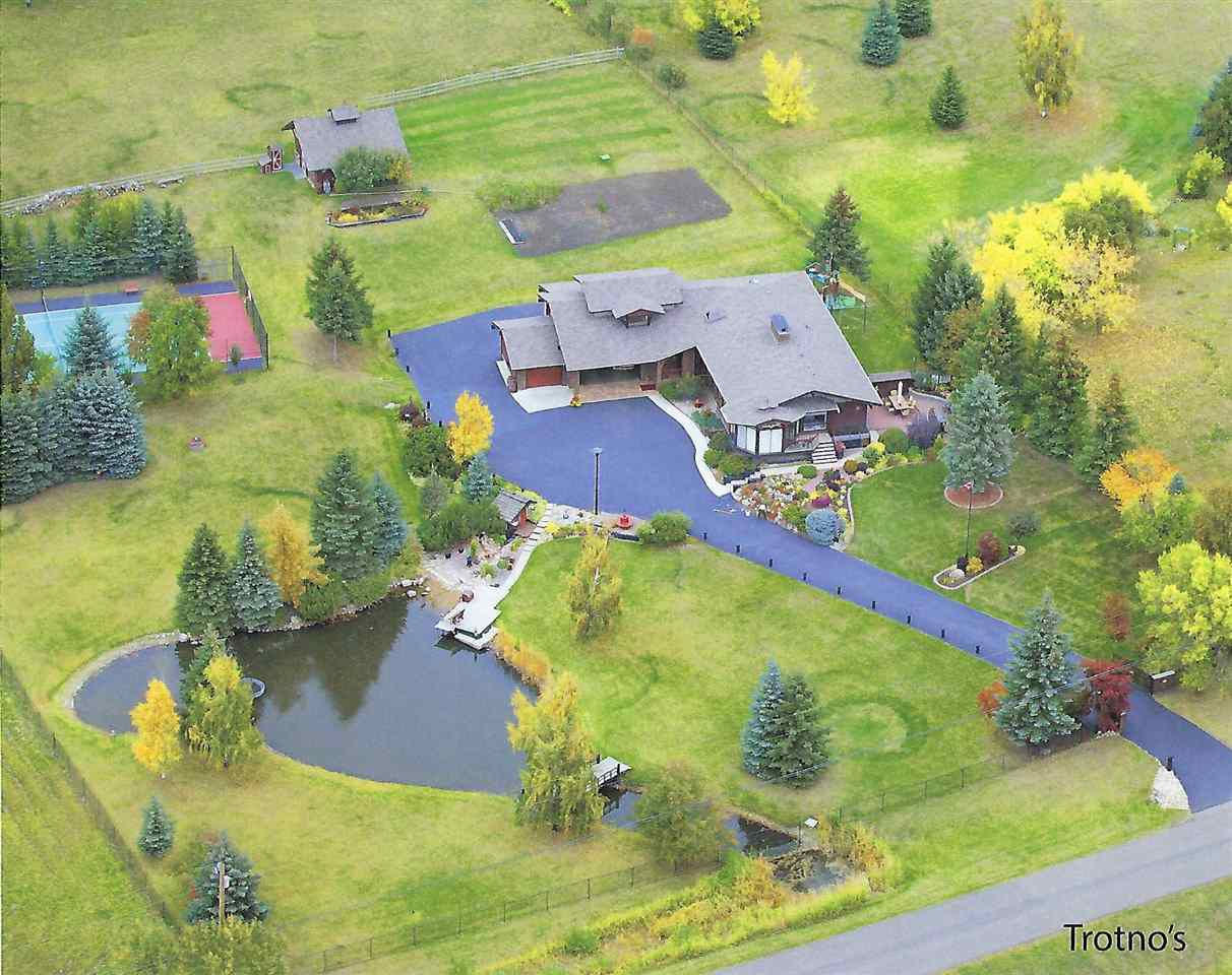 Main Photo: 205 52249 RGE RD 233: Rural Strathcona County House for sale : MLS®# E4159599