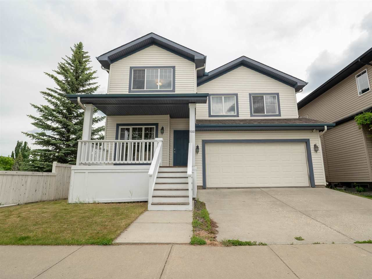 Main Photo: 1681 TOMLINSON Common in Edmonton: Zone 14 House for sale : MLS®# E4161987