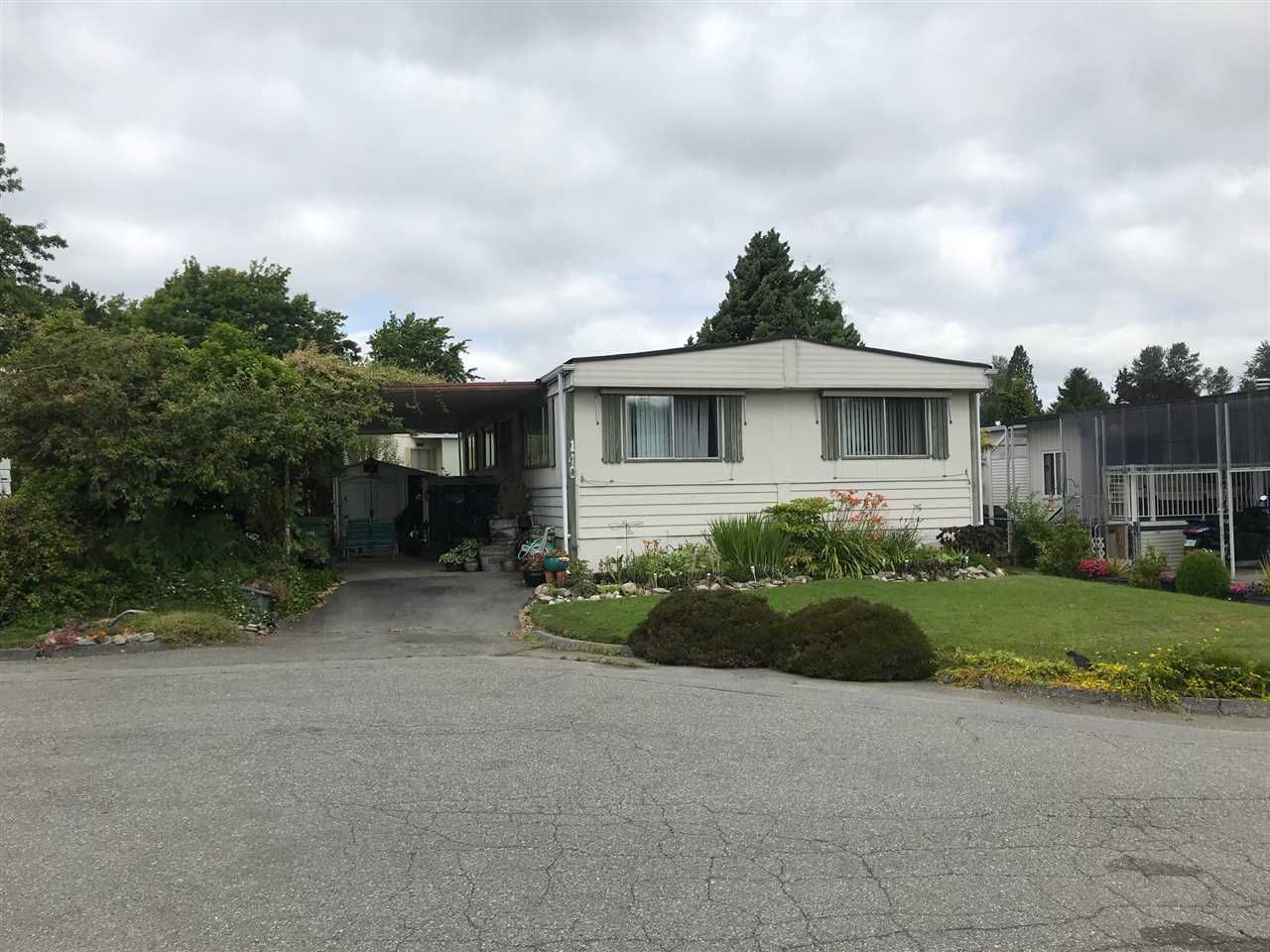 """Main Photo: 140 1840 160 Street in Surrey: King George Corridor Manufactured Home for sale in """"BREAKAWAY BAYS"""" (South Surrey White Rock)  : MLS®# R2382456"""