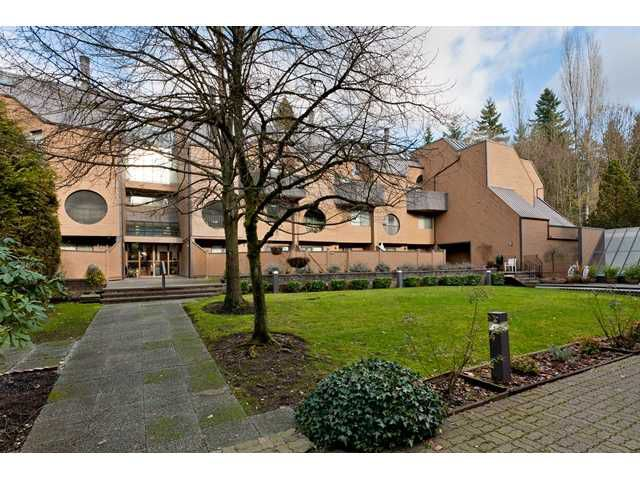 """Main Photo: 102 585 AUSTIN Avenue in Coquitlam: Coquitlam West Townhouse for sale in """"BRANDYWINE PARK"""" : MLS®# V927448"""