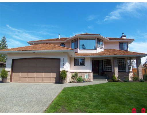 Main Photo: 20499 97A Avenue in Langley: Walnut Grove House for sale : MLS®# F2907951