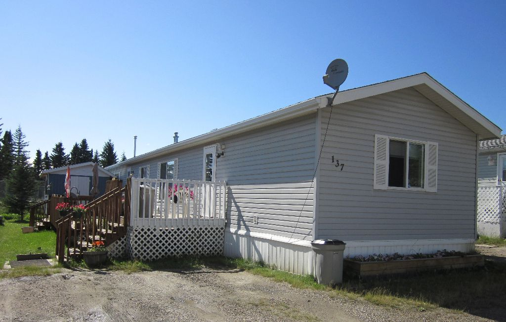 Main Photo: 137, 810 56 Street in Edson, AB: Edson Mobile for sale : MLS®# 28428