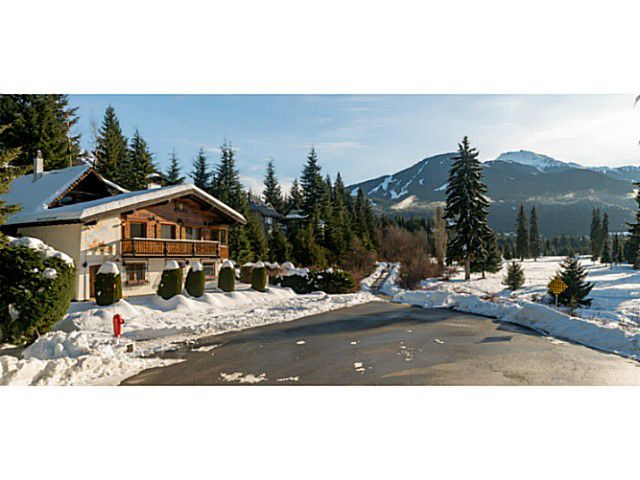 """Main Photo: 6590 BALSAM Way in Whistler: Whistler Cay Estates House for sale in """"WHISTLER CAY"""" : MLS®# V1100023"""