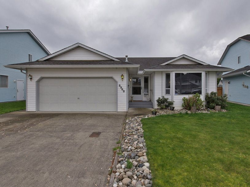 Main Photo: 5968 DEERFIELD Crescent in Sardis: Vedder S Watson-Promontory House for sale : MLS®# R2019261