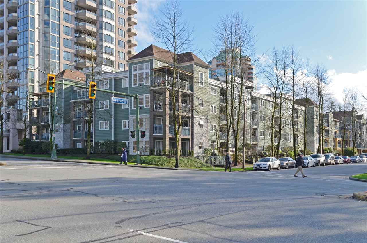 """Main Photo: 207 1199 WESTWOOD Street in Coquitlam: North Coquitlam Condo for sale in """"LAKESIDE TERRACE"""" : MLS®# R2035583"""