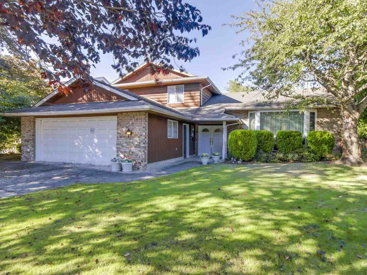"Main Photo: 7851 MALAHAT Avenue in Richmond: Broadmoor House for sale in ""BROADMOOR"" : MLS®# R2109538"