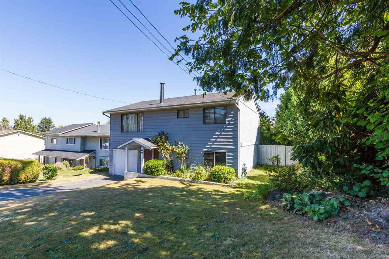 Main Photo: 7662 140 Street in Surrey: East Newton House for sale : MLS®# R2114278