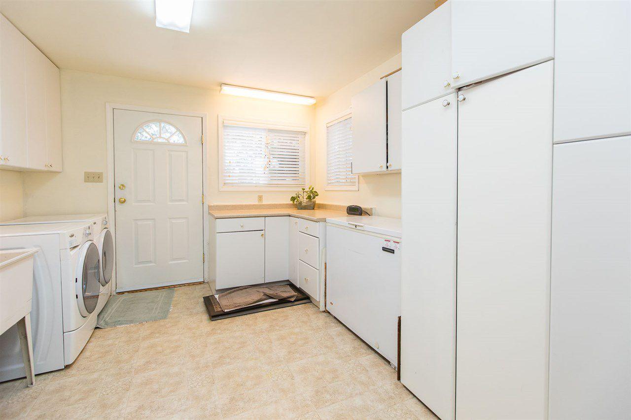 "Photo 17: Photos: 6682 BAKER Road in Delta: Sunshine Hills Woods House for sale in ""Sunshine Hills"" (N. Delta)  : MLS®# R2137622"