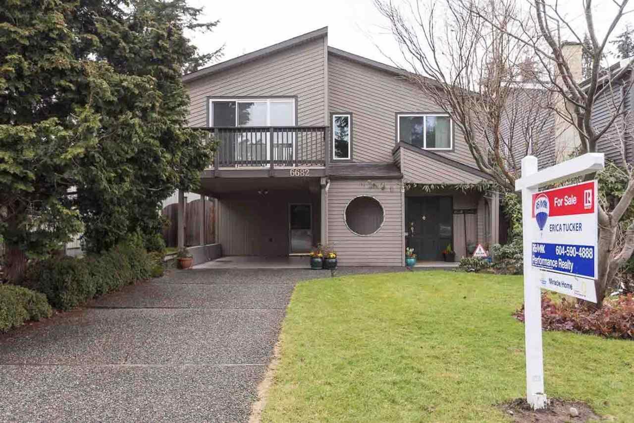 "Photo 2: Photos: 6682 BAKER Road in Delta: Sunshine Hills Woods House for sale in ""Sunshine Hills"" (N. Delta)  : MLS®# R2137622"