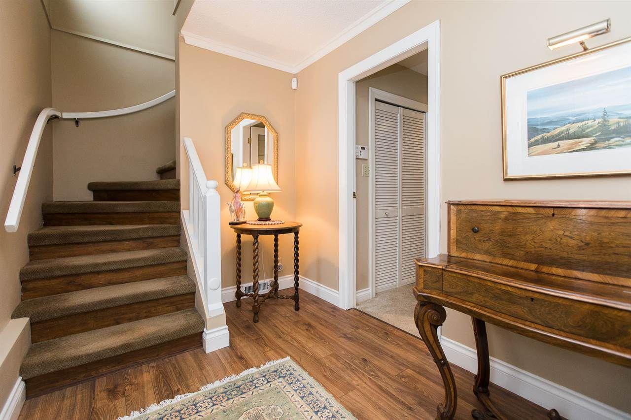 "Photo 4: Photos: 6682 BAKER Road in Delta: Sunshine Hills Woods House for sale in ""Sunshine Hills"" (N. Delta)  : MLS®# R2137622"