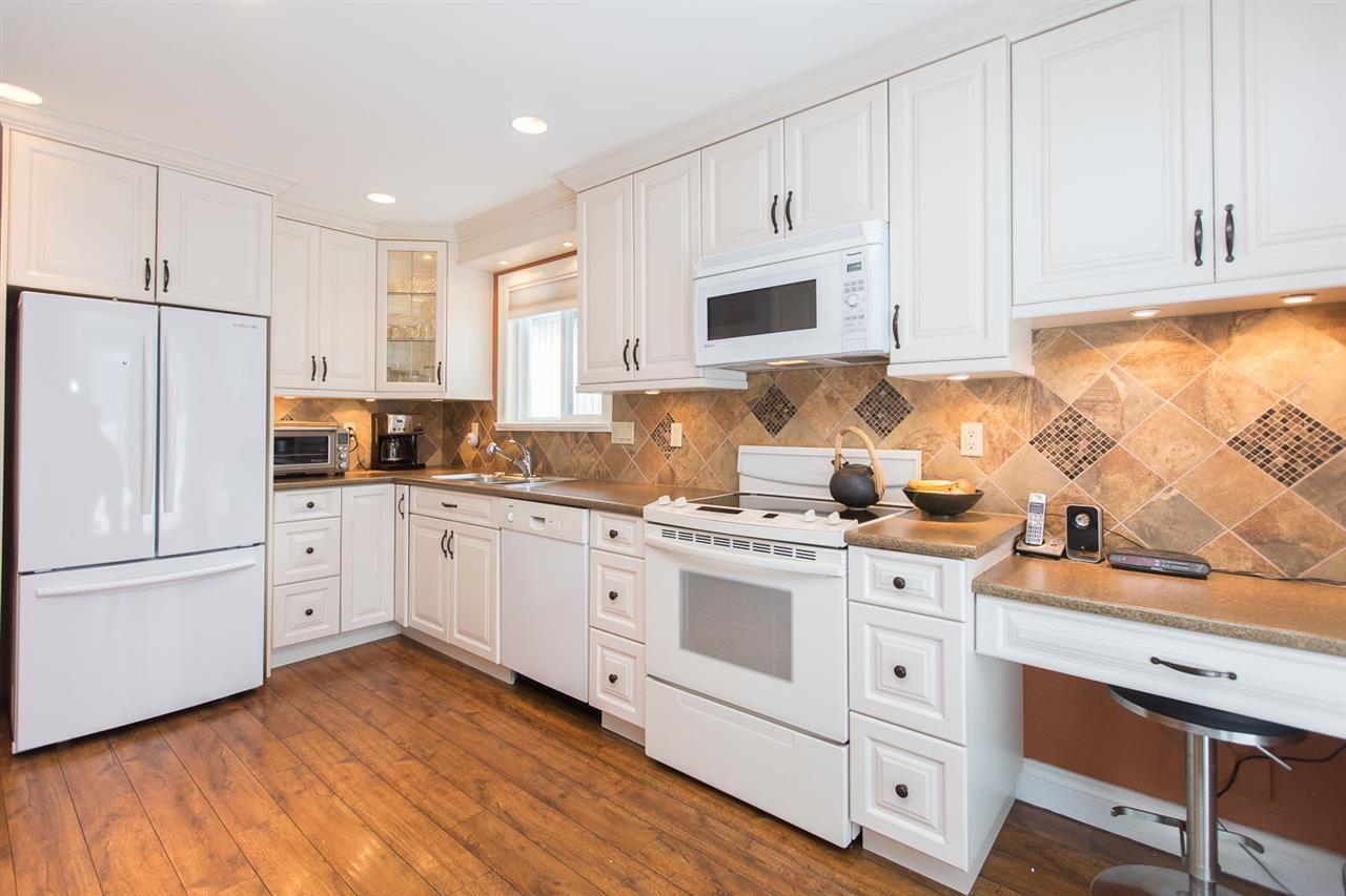 "Photo 8: Photos: 6682 BAKER Road in Delta: Sunshine Hills Woods House for sale in ""Sunshine Hills"" (N. Delta)  : MLS®# R2137622"