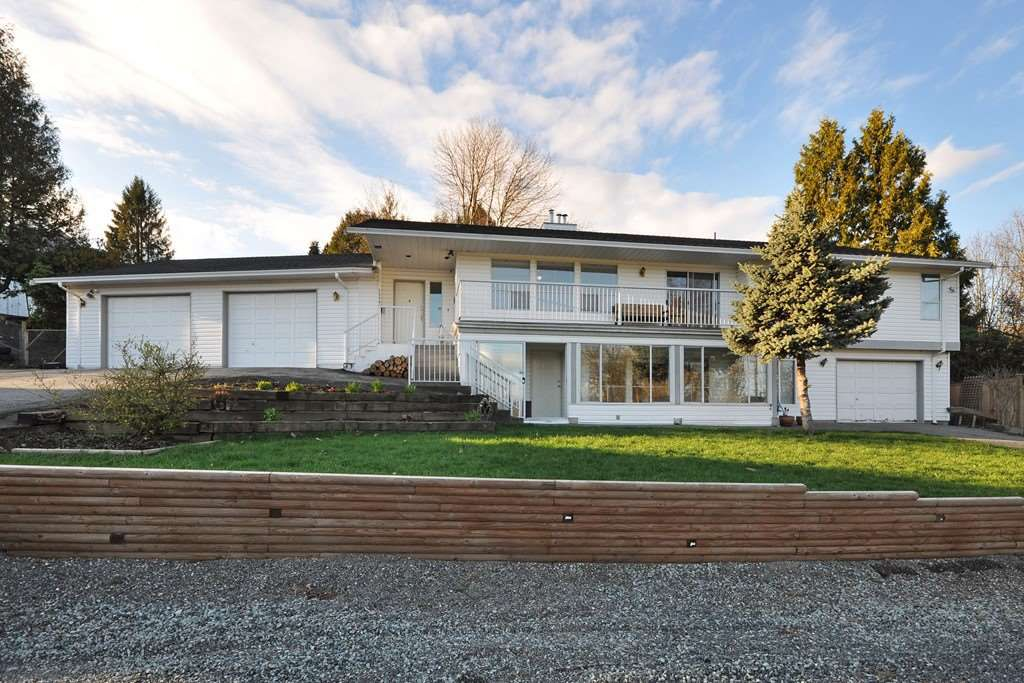Main Photo: 34805 HAMON Drive in Abbotsford: Abbotsford East House for sale : MLS®# R2152745