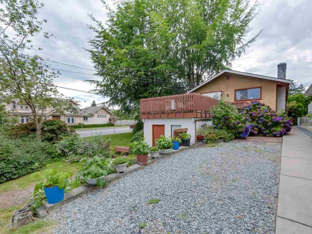 Main Photo: 913 PARKER Street: White Rock House for sale (South Surrey White Rock)  : MLS®# R2154134