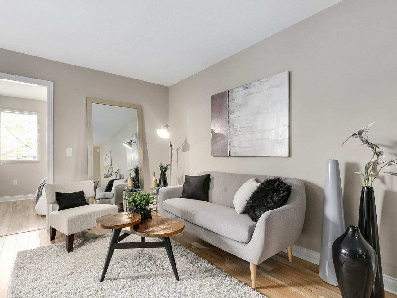 """Main Photo: 209 688 E 16TH Avenue in Vancouver: Fraser VE Condo for sale in """"VINTAGE EASTSIDE"""" (Vancouver East)  : MLS®# R2168610"""