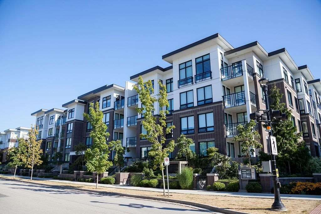 Main Photo: 408 9388 ODLIN ROAD in Richmond: West Cambie Condo for sale : MLS®# R2199153
