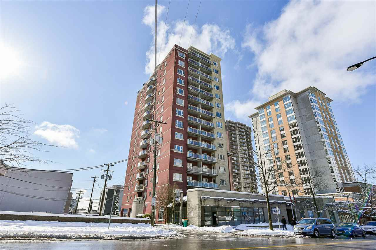 "Main Photo: 1005 121 W 15TH Street in North Vancouver: Central Lonsdale Condo for sale in ""ALEGRIA"" : MLS®# R2242657"