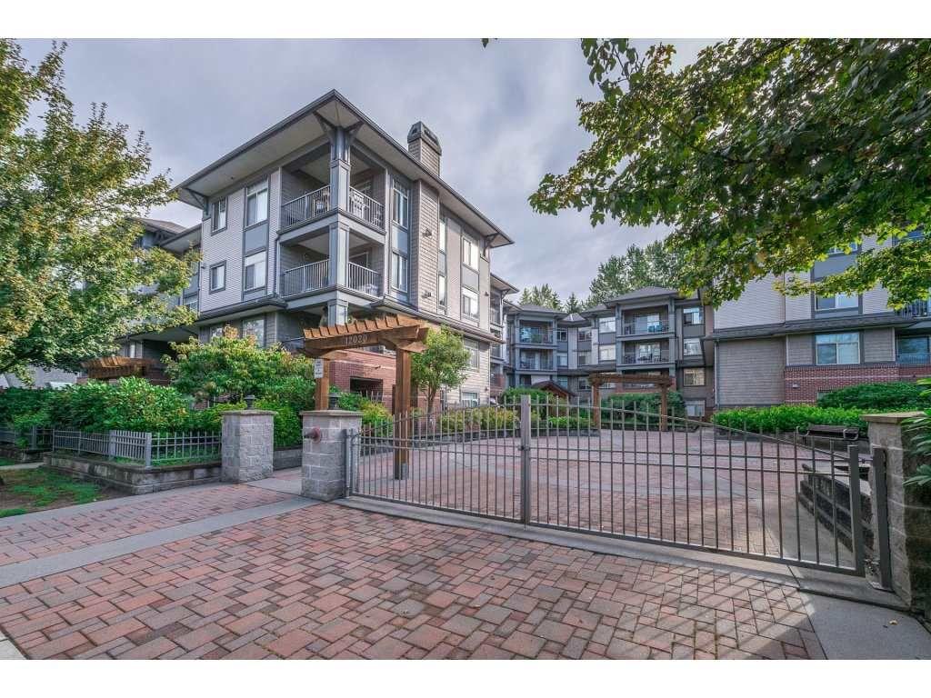 "Main Photo: 305 12020 207A Street in Maple Ridge: Northwest Maple Ridge Condo for sale in ""Westbrooke"" : MLS®# R2250657"