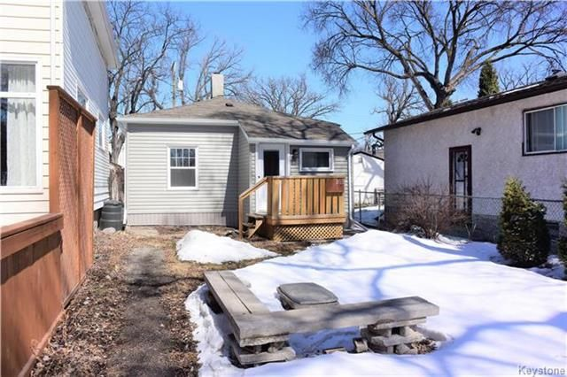 Main Photo: 103 Lansdowne Avenue in Winnipeg: Scotia Heights Residential for sale (4D)  : MLS®# 1808630