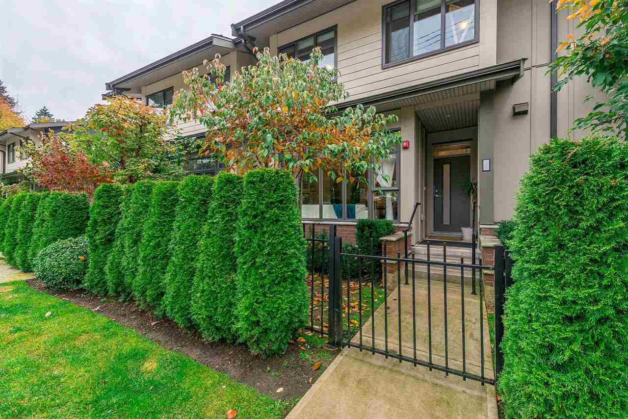 """Main Photo: 107 2135 HERITAGE PARK Lane in North Vancouver: Seymour NV Townhouse for sale in """"LODEN GREEN"""" : MLS®# R2319189"""