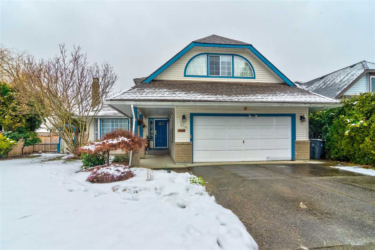 Main Photo: 16151 93A Avenue in Surrey: Fleetwood Tynehead House for sale : MLS®# R2346972