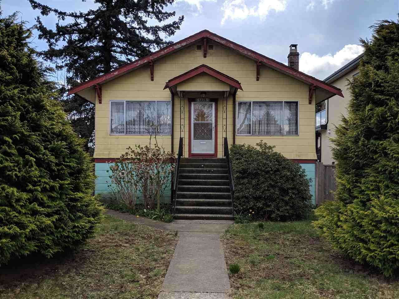 Main Photo: 1118 E 54TH Avenue in Vancouver: South Vancouver House for sale (Vancouver East)  : MLS®# R2355653