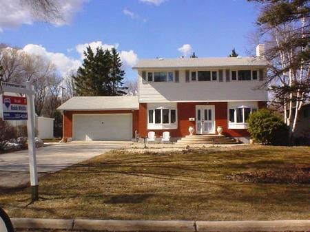 Main Photo: 619 Kilkenny Drive: Residential for sale (Fort Richmond)  : MLS®# 2705453