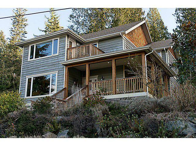 Main Photo: Bowen Island Home