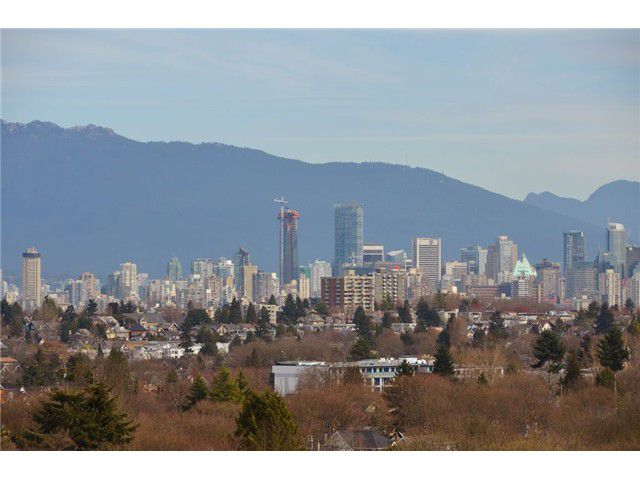 "Main Photo: 3565 W 15TH Avenue in Vancouver: Kitsilano House for sale in ""KITSILANO"" (Vancouver West)  : MLS®# V1110906"