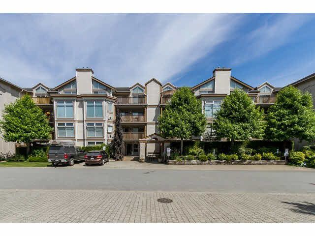 """Main Photo: 405 19131 FORD Road in Pitt Meadows: Central Meadows Condo for sale in """"WOODFORD MANOR"""" : MLS®# R2107108"""
