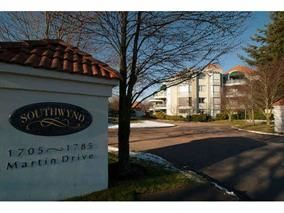 "Main Photo: 202 1725 MARTIN Drive in Surrey: Sunnyside Park Surrey Condo for sale in ""SOUTHWYND"" (South Surrey White Rock)  : MLS®# R2163225"