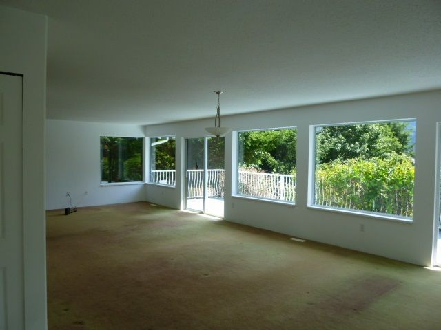 Photo 3: Photos: 6016 PARKVIEW Place in Sechelt: Sechelt District House for sale (Sunshine Coast)  : MLS®# R2188098