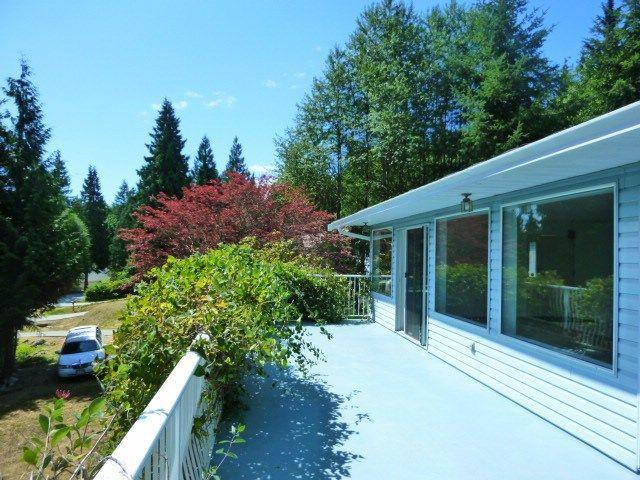 Photo 2: Photos: 6016 PARKVIEW Place in Sechelt: Sechelt District House for sale (Sunshine Coast)  : MLS®# R2188098