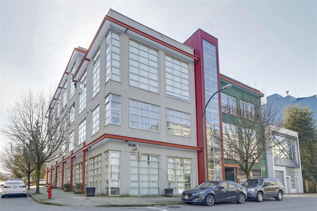 "Main Photo: 206 272 E 4TH Avenue in Vancouver: Mount Pleasant VE Condo for sale in ""The Mecca"" (Vancouver East)  : MLS®# R2246803"