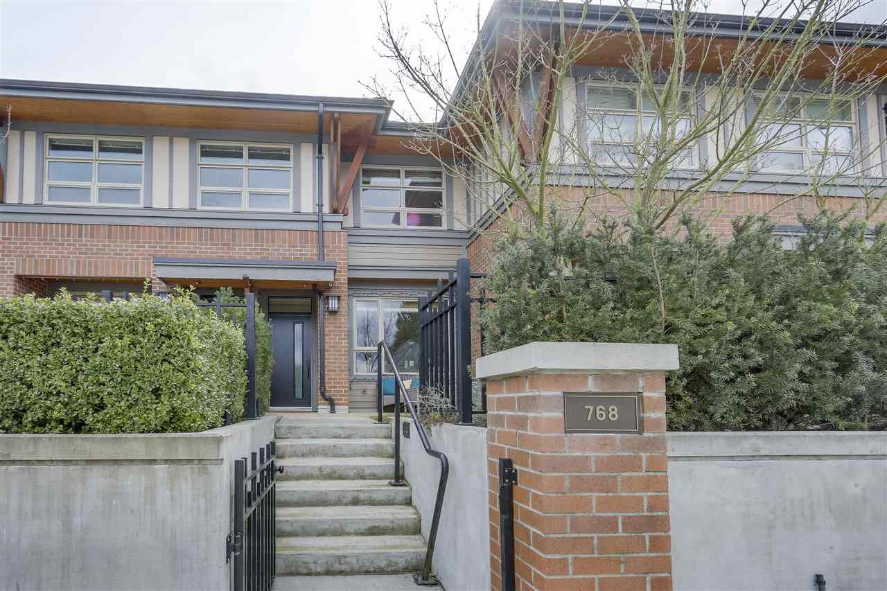 "Main Photo: 768 E 29TH Avenue in Vancouver: Fraser VE Townhouse for sale in ""CENTURY"" (Vancouver East)  : MLS®# R2253658"