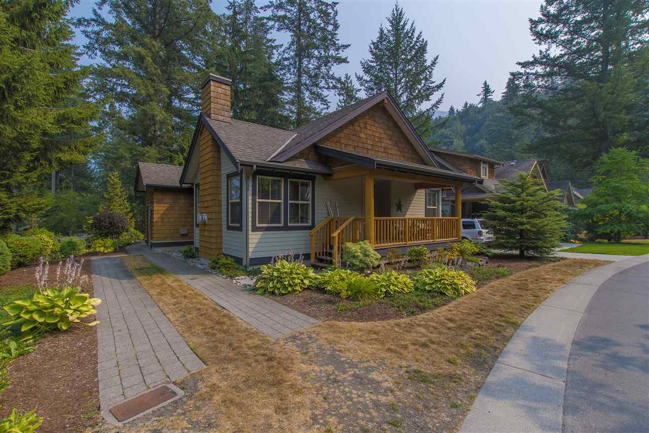 """Main Photo: 1750 ROBINS ROOST Drive in Cultus Lake: Lindell Beach House for sale in """"THE COTTAGES AT CULTUS LAKE"""" : MLS®# R2297701"""