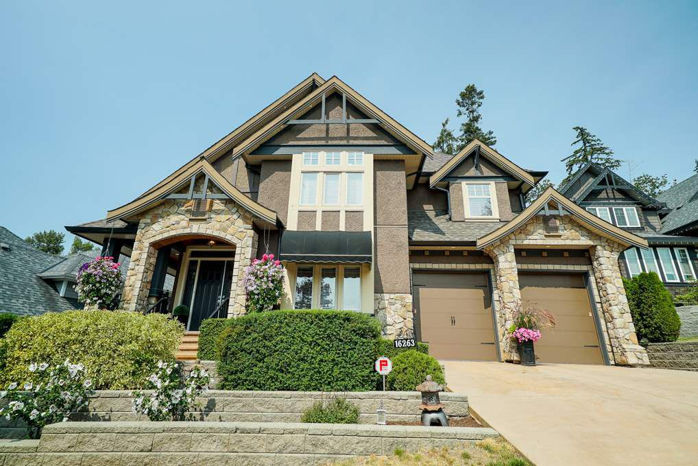 """Main Photo: 16263 59 Avenue in Surrey: Cloverdale BC House for sale in """"THE HIGHLANDS"""" (Cloverdale)  : MLS®# R2329572"""