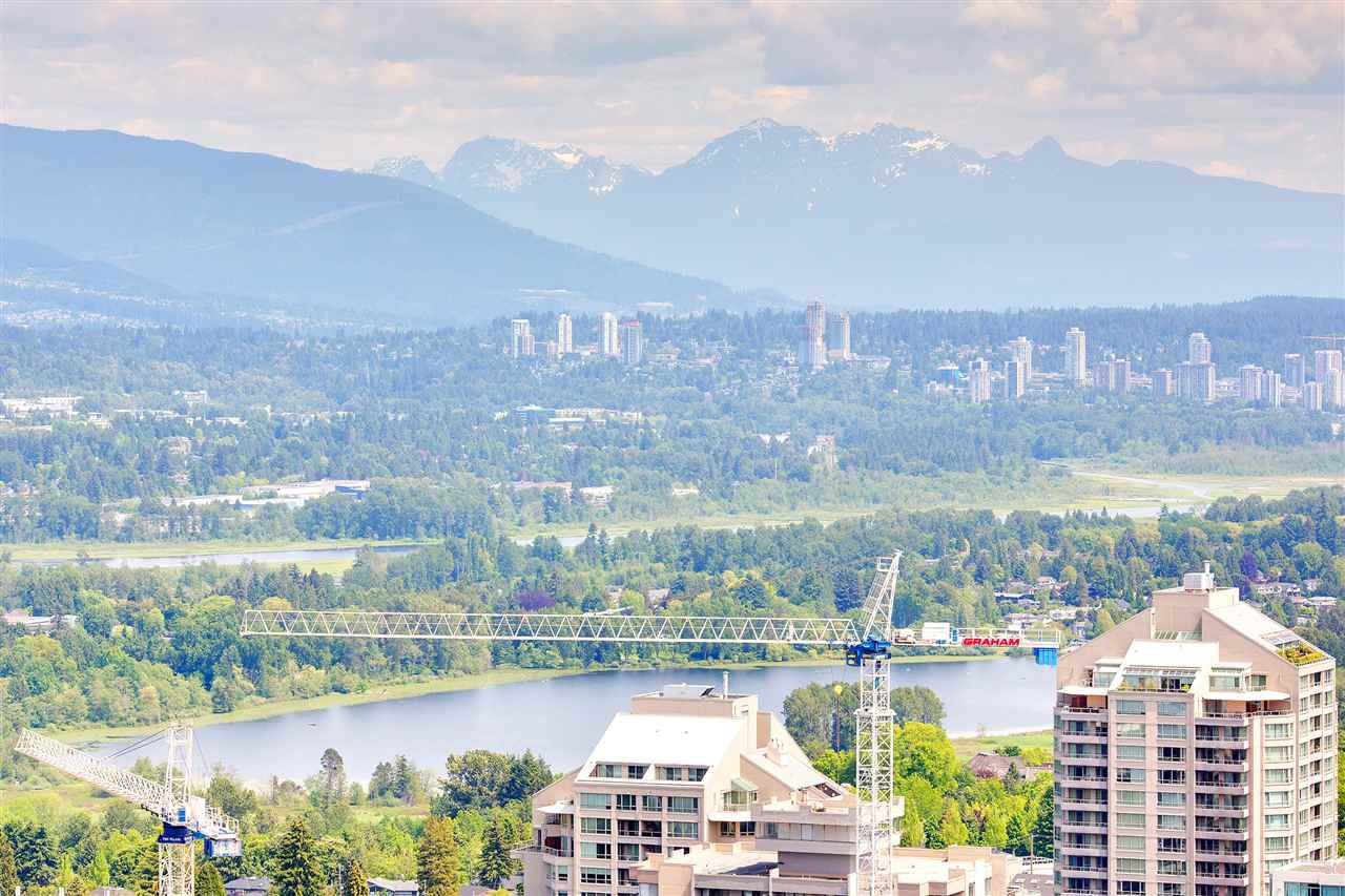 Main Photo: 3610 6098 STATION Street in Burnaby: Metrotown Condo for sale (Burnaby South)  : MLS®# R2369641