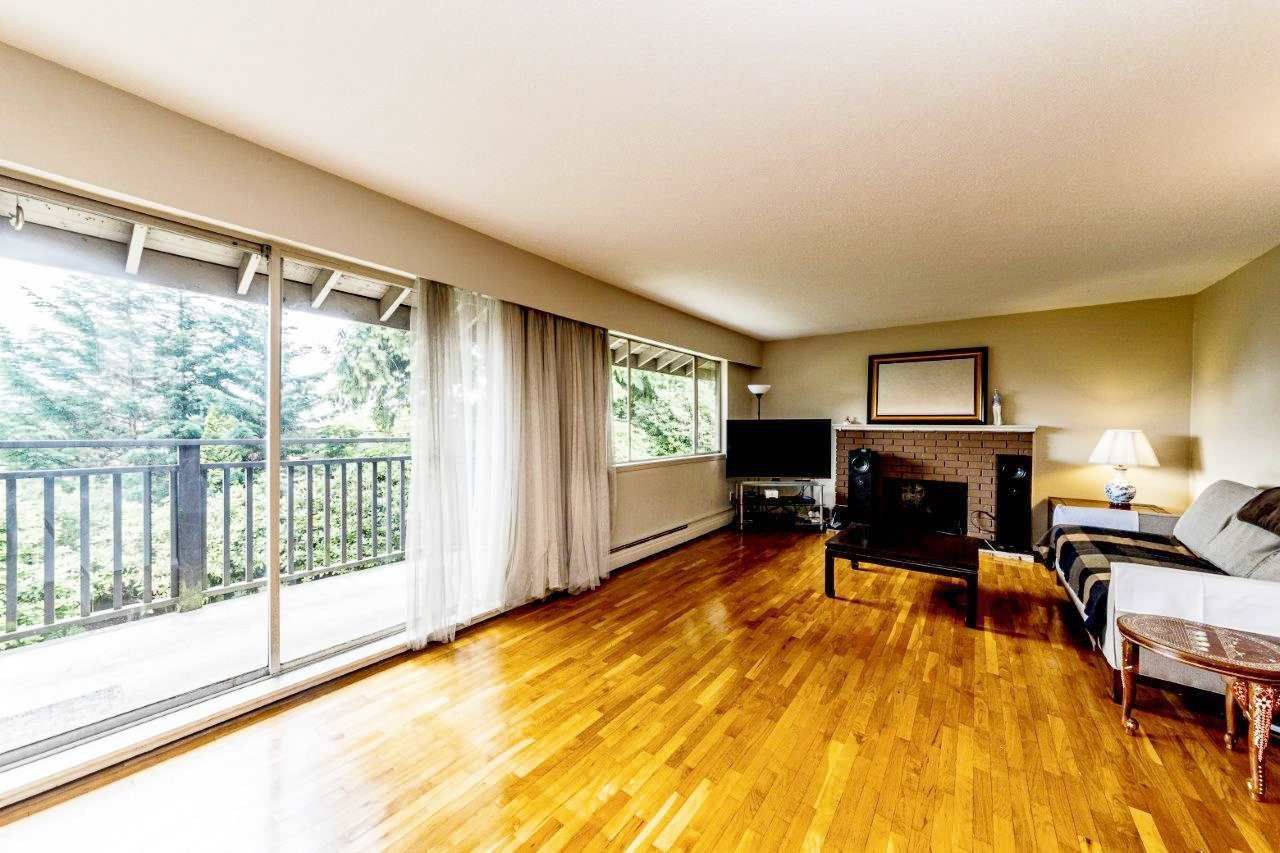 """Main Photo: 414 555 W 28TH Street in North Vancouver: Upper Lonsdale Condo for sale in """"Cedarbrooke Gardens Village"""" : MLS®# R2381605"""