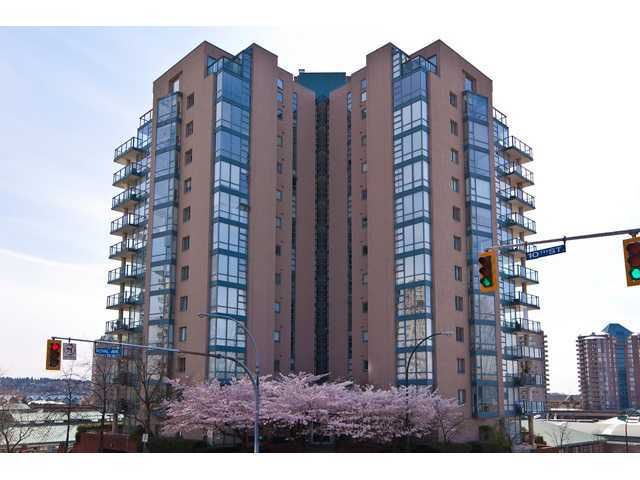 "Main Photo: 304 98 10TH Street in New Westminster: Downtown NW Condo for sale in ""PLAZA POINTE"" : MLS®# V900184"