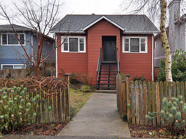 Main Photo: 2460 E GEORGIA Street in Vancouver: Renfrew VE House for sale (Vancouver East)  : MLS®# V1050625