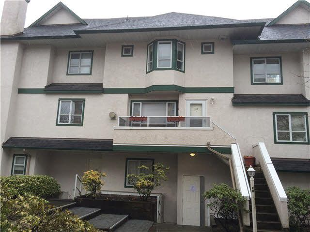 Main Photo: 216 3978 ALBERT Street in Burnaby: Vancouver Heights Townhouse for sale (Burnaby North)  : MLS®# V1113207